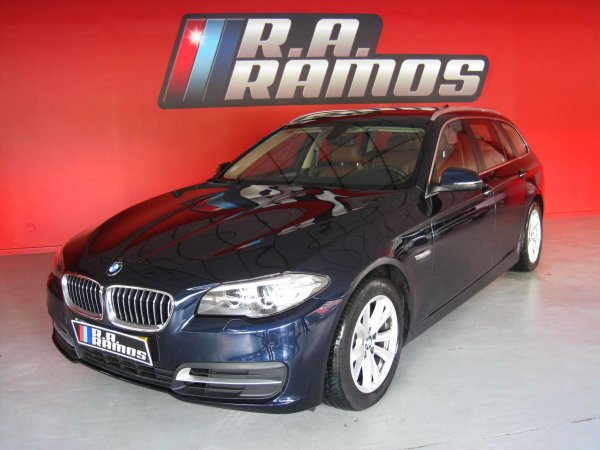 BMW 520d Touring Line Luxury Steptronic GPS TAP (190cv)