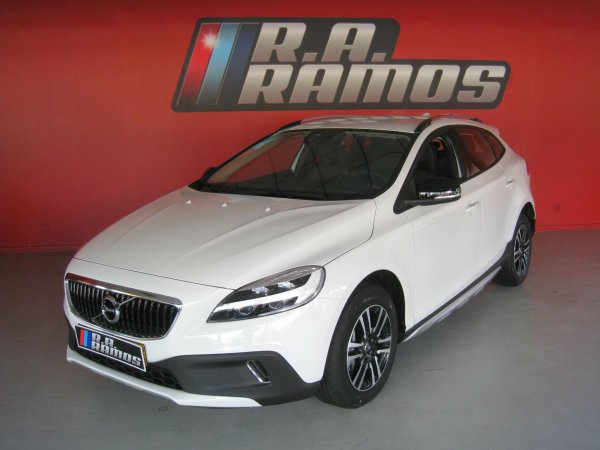 Volvo V40 Cross Country D3 Plus GPS (150cv)