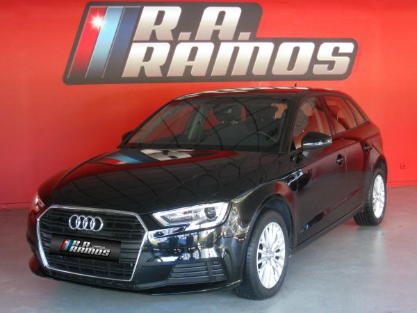 Audi A3 Sportback Business Line Fleet Edition 1.6 TDi GPS (110cv)