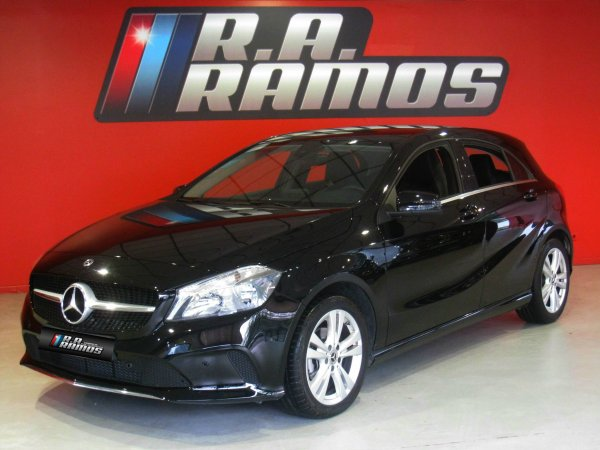 Mercedes-Benz A 180d Urban Autom. Pack Fleet GPS (109cv)